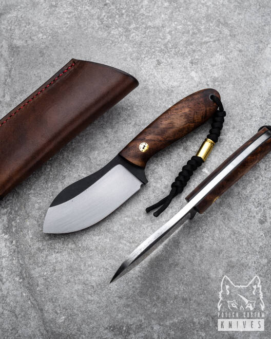 HUNTING KNIFE BLACK PEARL 1 TD WITH A BROWN LEATHER SHEATH ML