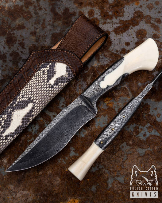 PERSIAN FIGHTER KEYHOLE MICHO COLLECTOR'S KNIFE