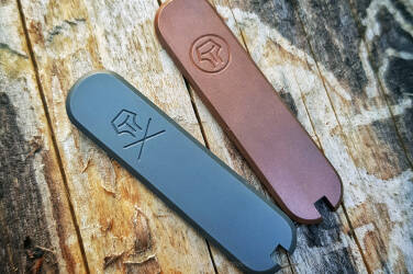 "Scales for 58mm Victorinox SAK ""Double Logo"" 205"