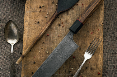 KNIFE GYUTO DAMASCUS 210 mm SJ